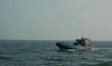 海滨渔船图片