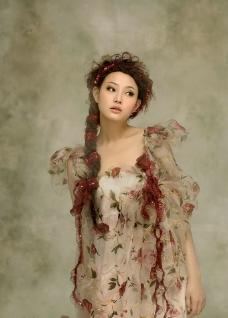 美女 女性 淑女 性感 丰满 艺术图片
