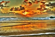 火烧云海滩图片